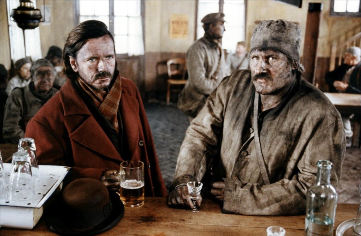 "Gérard Depardieu et Renaud dans ""Germinal"" (1993) de Claude Berri"